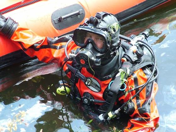 Dry Suit Diving, Dry Suit Diving Trainer